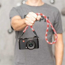 0168007518-leica-rope-strap-red-check-100cm-18868-d